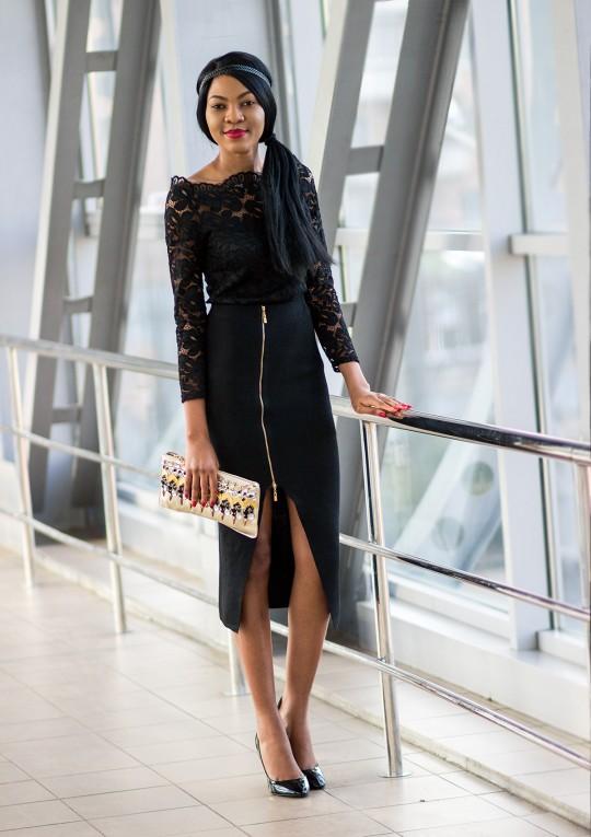 Nigerian-fashion-blogger-Modavracha-holiday-look