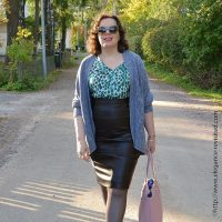 Turning Heads Linkup-Packing Lightly for a Fall Getaway-My Trip to Taos, NM