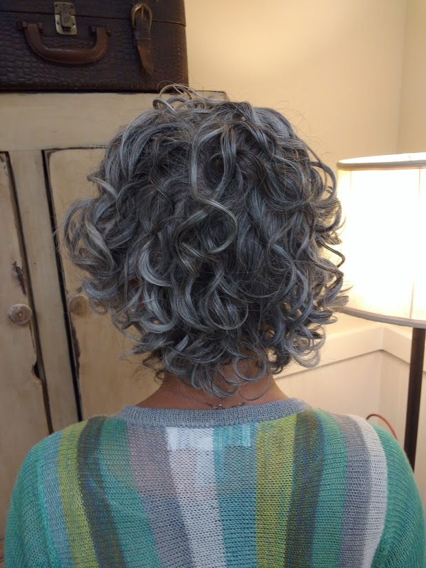 Go Gray Or No Way Hair Thoughts On Over 40 Ladies Elegantly
