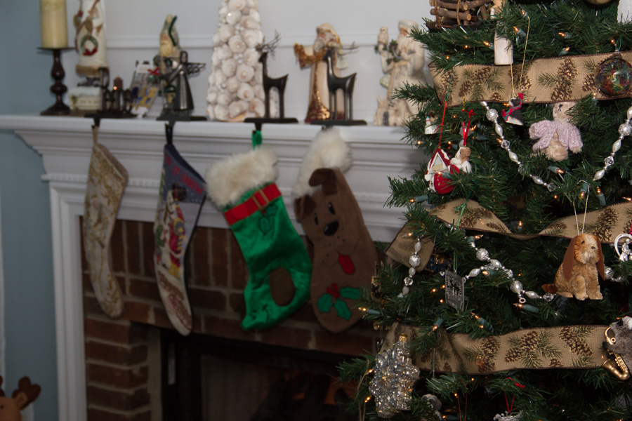 My Christmas Decor And Holiday Outfits Elegantly Dressed