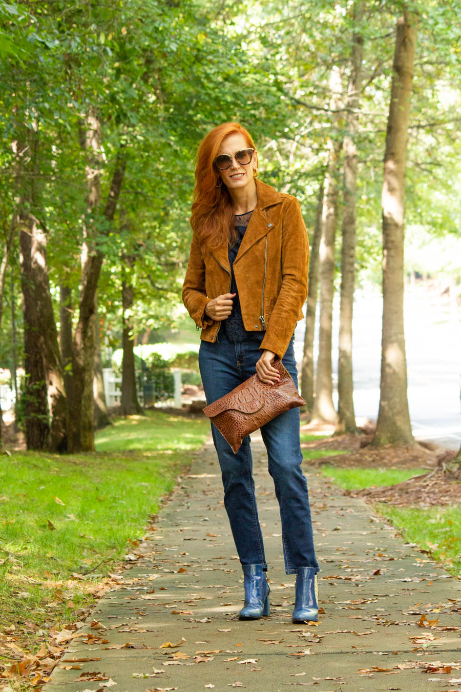 moon d'elle Luxury Italian boots with jeans, leather clutch, lace top and suede brown jacket