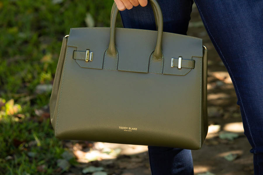 , jeans and Luxury Teddy Blake olive bag